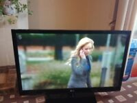 LG 42 PLASMA TV FREEVIEW/600HZ/XD ENGINE/GAME MODE/USB PORT/MOVIE PLUS/ NO OFFERS
