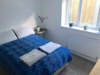 Bright double room in new build house. BILLS INCLUDED