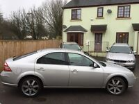 Ford Mondeo for sale. Excellent runner with 12 months MOT and full service history. Ex company car.