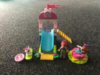 Lego friends set Mia's puppy playground
