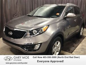 2015 Kia Sportage LX w/VERY LOW KMS!!