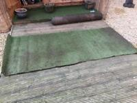 Fake grass, top quality, thick. 8ft