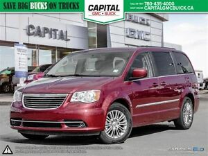 2016 Chrysler Town & Country -