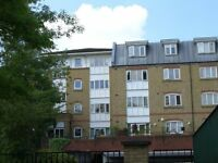 This superb TWO DOUBLE BEDROOM UNFURNISHED FLAT located a short walk from Bromley South station.