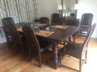 1 Belgian oak dining table with 8 dining chairs, 1 oak console table and 1 oak side table