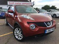 NISSAN JUKE 1.6 16v Tekna 5dr (start/stop) (red) 2013