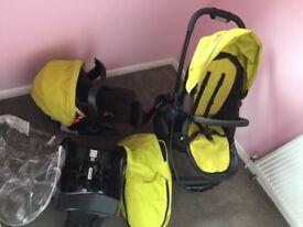 Graco EVO car seat/pram set, cost £330 new