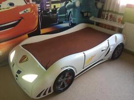 Kids bed With Working Headlights and Mattress