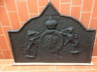 Antique cast iron fire back - 19th century - coat of arms - with grate & dogs