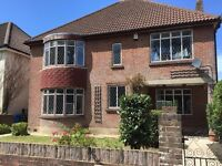 Large Double Room to Rent in the Desirable Canford Cliffs Road / Penn Hill area BH13 £400PCM