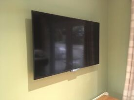 """Sony Bravia 42"""" Full HD 1080p LED TV comes with stand and wall mount"""