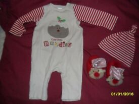 Cute Little Pudding – Christmas babygrow/hat & boottees set
