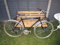 Gents Town Bike Commuter Cheap Bicycle, Ready to Ride Hybrid 700C Wheels