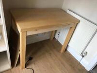 Extending wooden desk