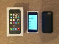 iPhone 5s 16gb Unlocked Great Condition with Case