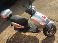 Piaggio fly 125cc scooter