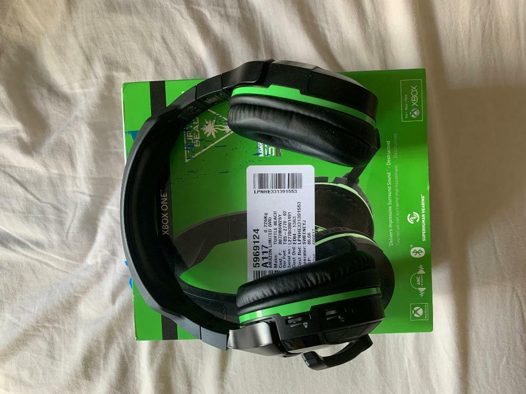 Xbox one Turtle beach 700 stealth, not used much, very condition, comes  with box, charger cable | in Northenden, Manchester | Gumtree