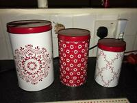 Tea coffee and sugar pots