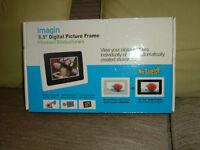 """6.5"""" Digital Picture frame"""