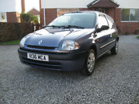 1999 Renault Clio RN, very low mileage.