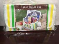 Brand new large cooler bag from smoke&pet free home