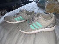 Adidas flux grey & teal size 6