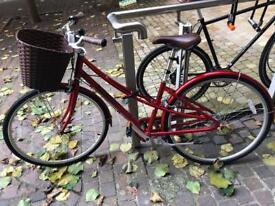 Ladies bicycle - new (used twice)