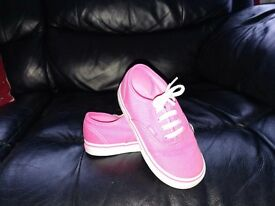 Girls pink vans size 8.5 excellent condition worn once