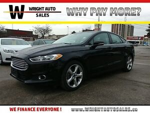 2016 Ford Fusion SE  SUNROOF  SYNC  BACKUP CAM  60,015KMS