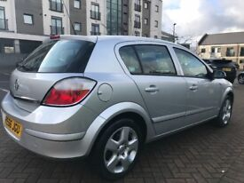 Automatic Vauxhall Astra club 1.8i 5 door hatch back with 12 months MOT for sale!!!