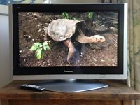 "Panasonic Viera Plasma 37"" TV TH-37PX600B, pedestal stand and remote"