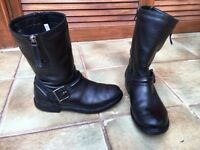 Clarks girls' black leather boots size 2
