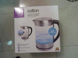 Salton Cordless Electric Kettle - 1.7L - Glass