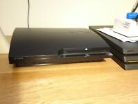 PS3 500Gb, 3 pads, 8 games