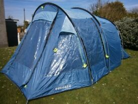 VACANZA (BY OUTWELL) MONTREAL 400 FOUR BERTH TENT FOR CAMPING