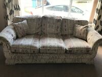 FREE - 3 piece suite - free to good home