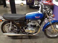 CLASSIC BRITISH MOTORBIKE IN VERY GOOD CONDITION BSA 650 THUNDERBOLT 1971