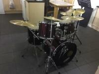 Drum kit Performance Percussion kit with Mapex cymbals and aquarium skins