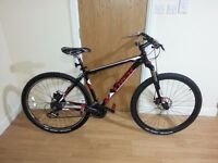 Trek bike with 29 inch wheel size and 21 inch frame size
