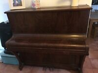 Piano for sale. Sold as seen. I don't know anything at all about pianos. Collection only.
