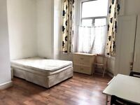 Studio- Heating Included- Opposite Westfield Shopping Centre, Shepherds Bush, W12