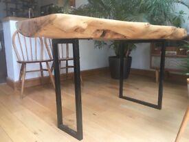 Beautiful Norfolk solid Burr Oak dining table