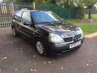 Renault Clio 1.2 16v Expression 3dr (PREVIOUS LADY OWNER) (MOT UNTIL NOVEMBER 2018) 2004