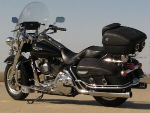 2002 harley-davidson FLHRC Road King Classic   $7,500 in Options