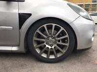 "MINT CONDITION 17"" Renault sport ally wheels with tyres"