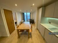 2 bedroom flat in Oxid House, Manchester, M1 (2 bed) (#728109)
