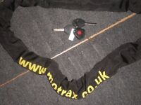 MOTRAX HEAVY DUTY MOTORBIKE CHAIN X3 KEYS AND KEY LIGHT MOTORCYCLE EXPENSIVE MAKE NEW EXCELLENT