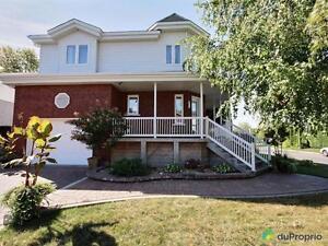 429 500$ - Maison 2 étages à vendre à La Prairie