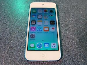 Apple. Ipod Touch 5 32GO. -- 71925