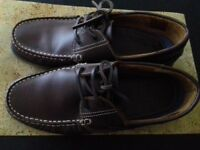 Men's Size 10 Brown Leather Moccasin Boat Shoes
